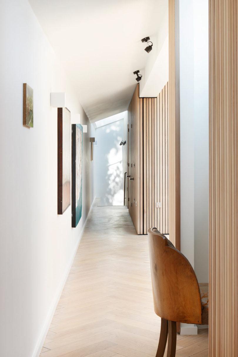 Courtyard-House-DeRoseeSaArchitects-9-810x1215