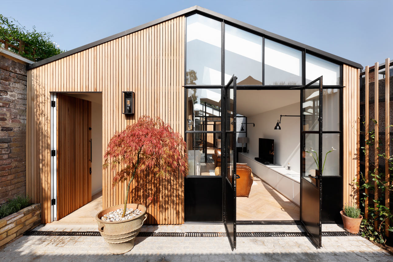 Courtyard-House-DeRoseeSaArchitects-1