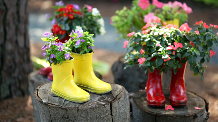 seven-clever-ways-to-resuse-old-wellies